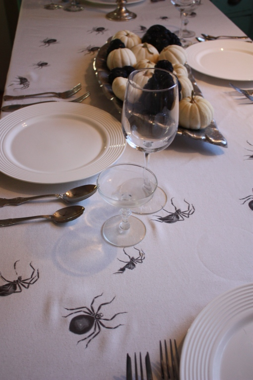 Spider Covered Table ClothSpider Covered Table Cloth